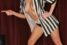 ricks-cabaret-new-york-girl-maya